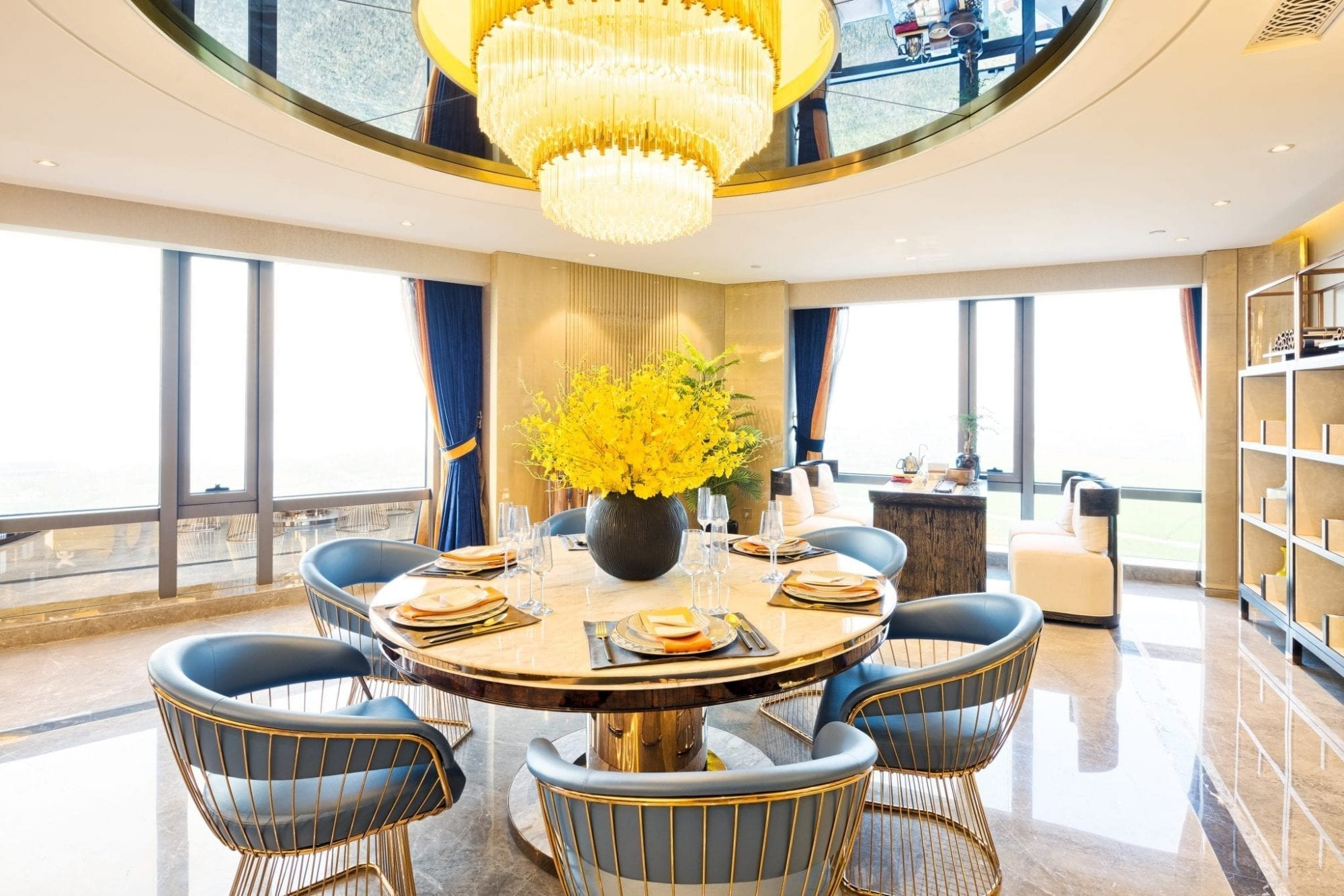 Chandelier cleaning services keep it up chandelier cleaning services arubaitofo Images